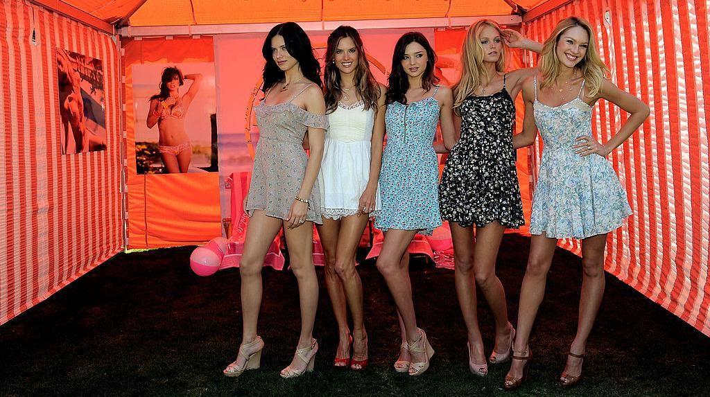 Ada Dugaan Pelecehan Seks, 100 Model Victorias Secret Kirim Surat Terbuka