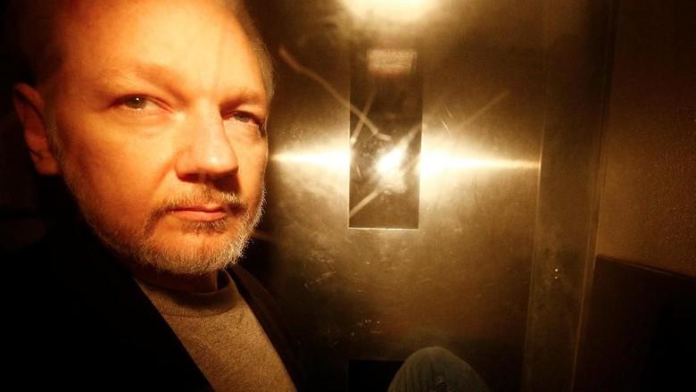 Swedia Buka Kembali Penyelidikan Kasus Pemerkosaan terhadap Assange