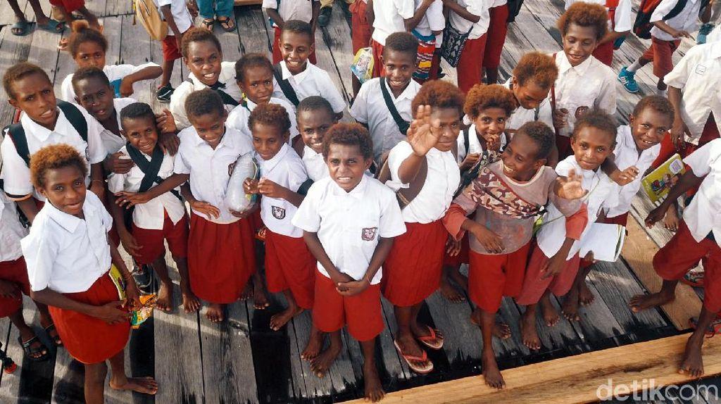 Tokoh Papua Singgung Palapa Ring, Menkominfo: Tinggal Diresmikan