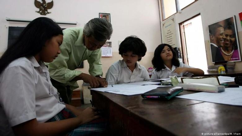 Potret Pendidikan Indonesia di Tengah Perkembangan Teknologi