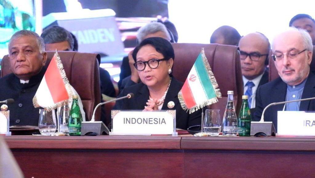 Menlu RI dan Qatar Bahas Pengiriman Tenaga Medis Profesional dari Indonesia