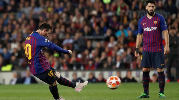 Messi Curang Saat Cetak Gol Tendangan Bebas Kontra Liverpool
