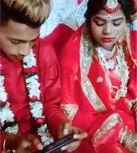 Terlalu! Pengantin Pria Asyik Main PUBG di Hari Pernikahan