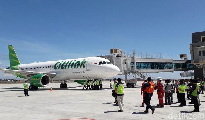 Bandara Yogyakarta International Airport (YIA) memulai babak baru dengan adanya pendaratan perdana pesawat komersial di bandara baru tersebut, Kamis (2/5/2019).