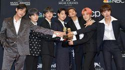 BTS Artis Korea Pertama Raih Piala Top Group di Billboard Music Awards