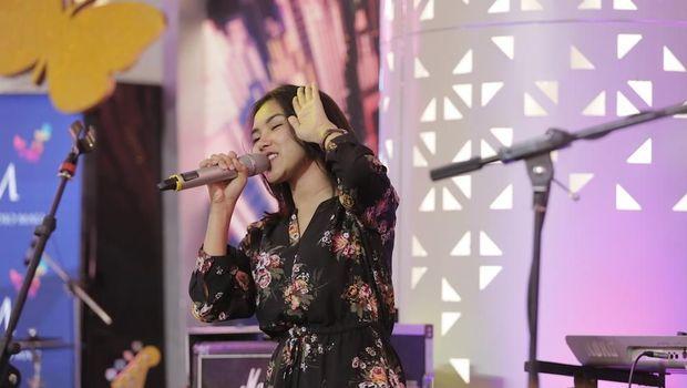 Shakira Jasmine