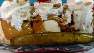Bosan Banana Split? Ada Acar Split yang Disajikan dengan Es Krim Lezat