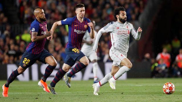 Mohamed Salah gagal mencetak gol di kandang Barcelona.