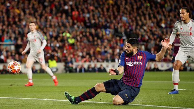 Mourinho Suka Cara Suarez Permalukan Liverpool