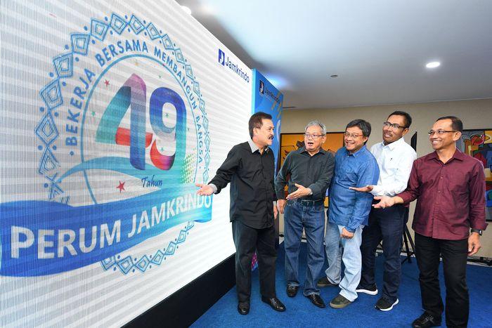 Beginilah penampakan logo HUT Jamkrindo ke-49 tahun yang baru dikenalkan kepada publik. Foto: dok. Jamkrindo