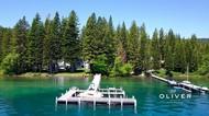 Mengintip Rumah Ratusan Miliar Zuckerberg di Tepi Danau