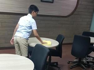 Kata Bos yang Anaknya Viral karena Jadi OB Demi Beli Membership Game Online