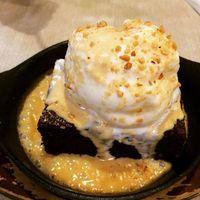 Panas Meleleh, 5 Dessert Manis Ini Siap Jadi Santapan Akhir Pekan