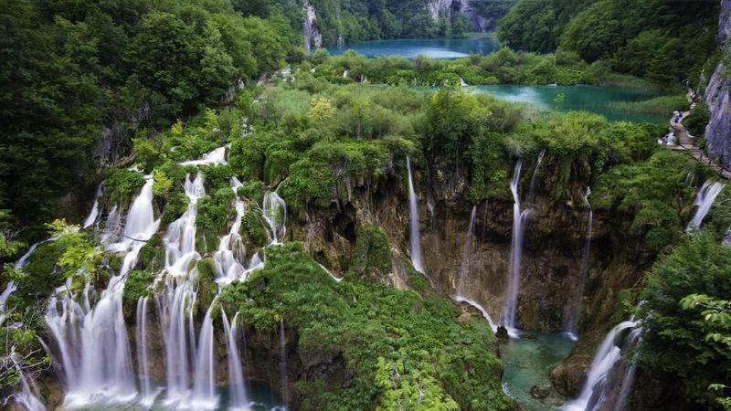 Kroasia merupakan salah satu dari negara balkan di Eropa. Negara dengan Ibukota Zagreb ini memiliki Danau Plitvice yang jadi obyek wisata paling populer. (istock)