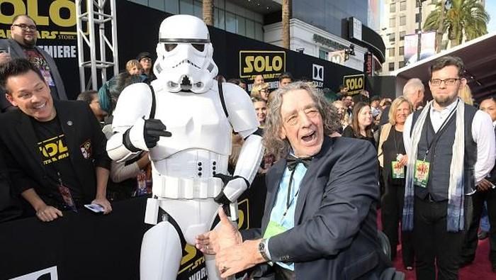Peter Mayhew, pemeran Chewbacca meninggal dunia (Foto: Charley Gallay/Getty Images)