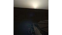Pemandangan Indah Matahari Terbit dan Tenggelam di Mars