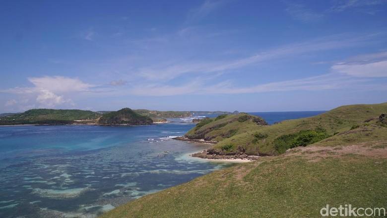 Bukit Merese, salah satu destinasi wisata di Lombok (Syanti Mustika/detikcom)