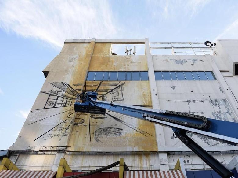 Bernuansa Arsitektur, Mural Seniman Prancis Katre Eksis di Gedung Jakarta Foto: IFI Jakarta/ Istimewa