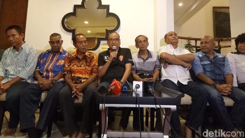 Rahim Soekasah soal Nirwan Bakrie: Dia Pahlawan Sepakbola, Mafia Dari Mana?