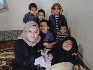Kisah Inspiratif Pemilik Vanilla Hijab Jual 9.000 Hijab Bantu Korban Suriah