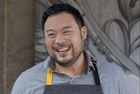 Chrissy Teigan dan David Chang Akan Hadir di Program Masak Baru di Netflix