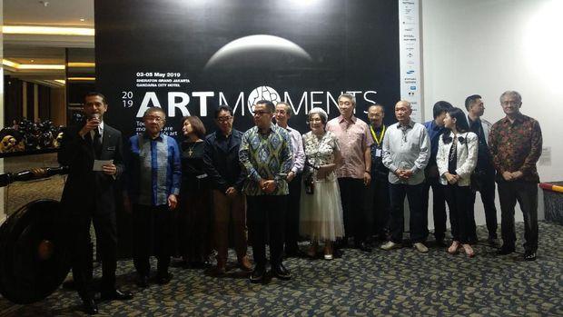 Resmi Dibuka, Art Moments Jakarta Jadi Ajang Promosi Seniman Indonesia ke Dunia