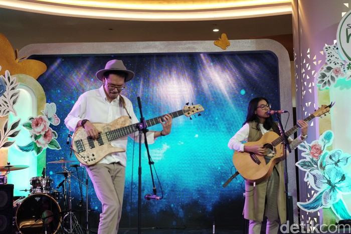 Endah N Resa menutup audisi hari pertama Sunsilk Hijab Hunt 2019 di Jakarta. Foto: Silmia Putri/Detikcom