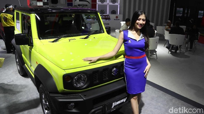 Salah satu yang menarik di pameran IIMS 2019 adalah SUV legendaris Suzuki Jimny. Ada beberapa unit yang dipajang, bakal dijual?