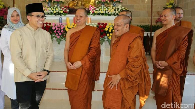 Resmikan Vihara, Bupati Anas Dorong Tempat Ibadah Bisa Multiguna