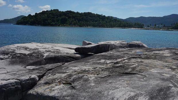 Batu Lepe, Ikon Wisata Baru di Perbatasan Indonesia
