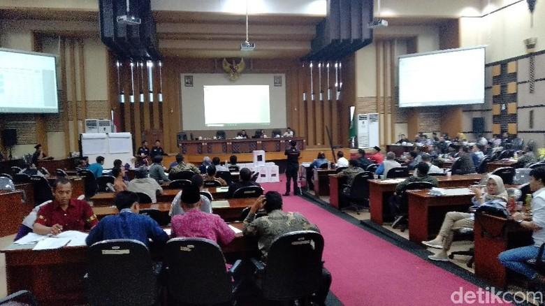 Suara Jokowi Unggul di Kota Malang dan Batu, Saksi Prabowo Tolak Tanda Tangan