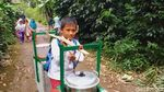 Potret Perjuangan Hidup Bocah SD yang Sekolah Sambil Jualan Bakso