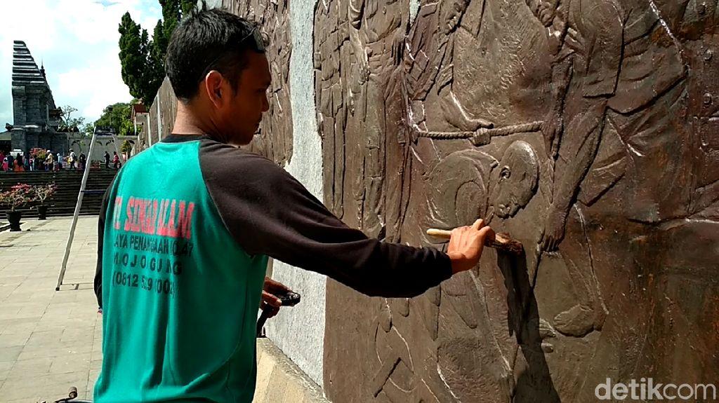 Sambut Ramadhan, Relief Perpustakaan Bung Karno Disemir Ulang