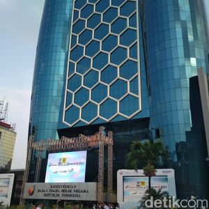 Pegawai Bank BUMN Ramai-ramai Sisihkan Gaji Bantu Perangi Corona