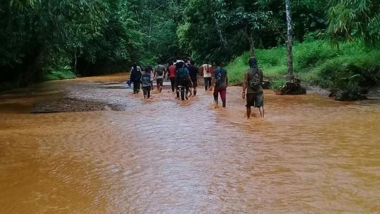 4 Penambang Tewas Tertimbun Tanah Longsor di Kotabaru Kalsel