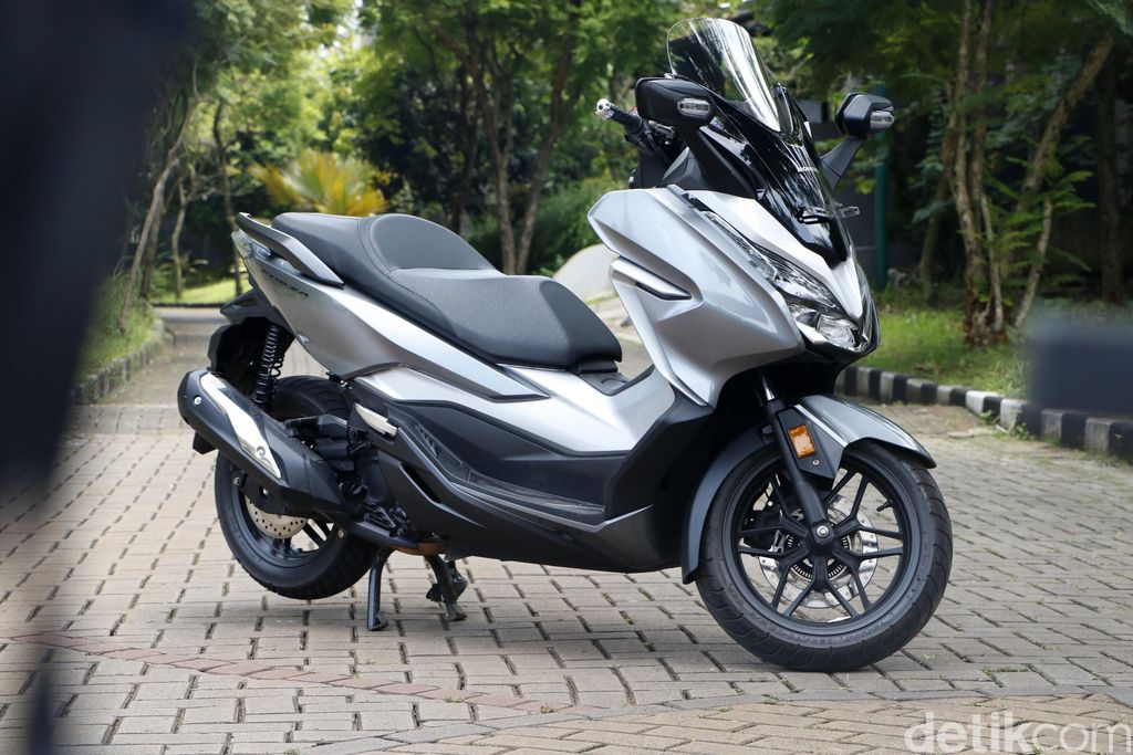 Test ride Honda Forza