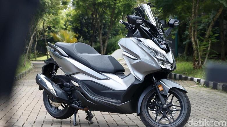 Honda Forza Foto: Rangga Rahadiansyah