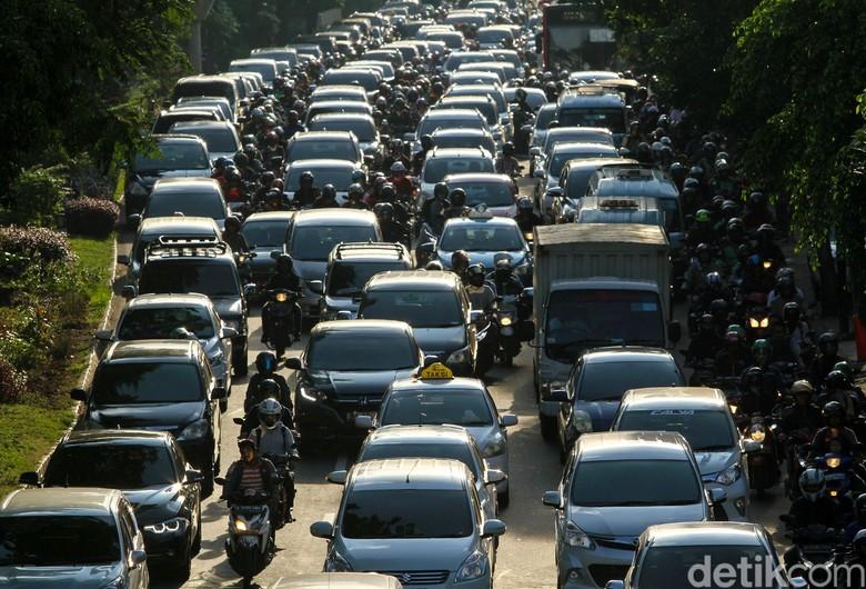 Macet Jakarta. Foto: Rifkianto Nugroho
