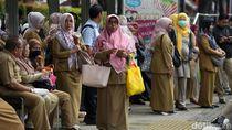 PNS yang Nekat Mudik Dikenai Sanksi Turun Pangkat-Penundaan Kenaikan Gaji