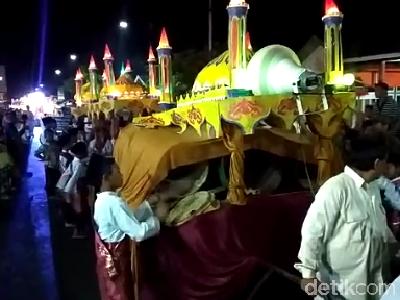Tradisi Arakan Sahur Sebulan Penuh di Jambi Sambut Ramadhan