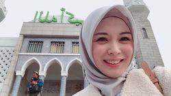 Di Korea, Ayana Moon Tak Berhenti Belajar Bahasa Arab Bahkan Sampai Nangis