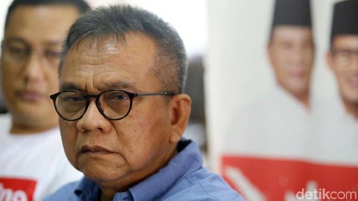 Seknas BPN Prabowo-Sandiaga Uno, M Taufik memberikan keterangan terkait ribuan form C1 yang disebut untungkan kubu 02. Seperti apa keterangannya?