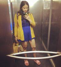 Busana yang dikenakan Shivani Gupta yang memicu kemarahan wanita paruh baya