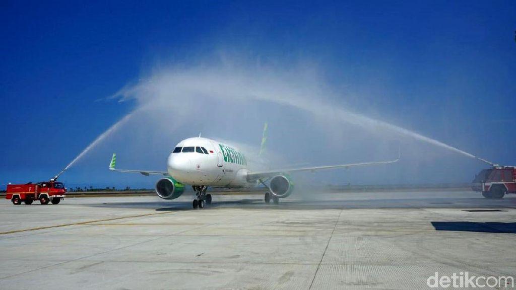 Pesawat Citilink Disemprot Air di Bandara Baru DIY