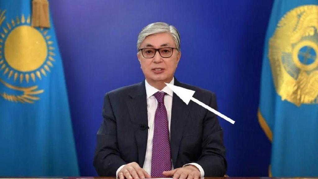 Kazakhstan Tercyduk Bikin Mulus Foto Wajah Presidennya