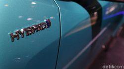Toyota Bakal Luncurkan Mobil Hybrid Rp 300 Jutaan