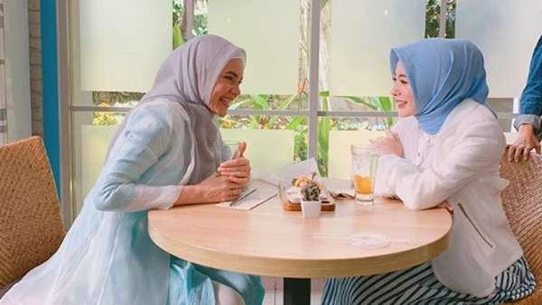 Selebgram Ayana Moon Habiskan Ramadhan di Indonesia dan Malaysia