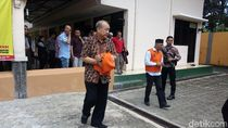 Jaksa Bacakan Tuntutan untuk Terdakwa Mafia Bola Johar Lin Eng