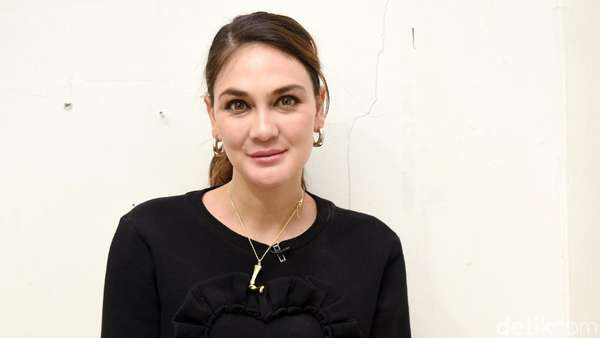 Ketemu Sutradara X-Men, Luna Maya Siap Go International?