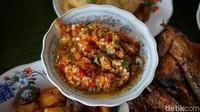 Tempat Makan Langganan Jokowi hingga Nama Warung Nyleneh